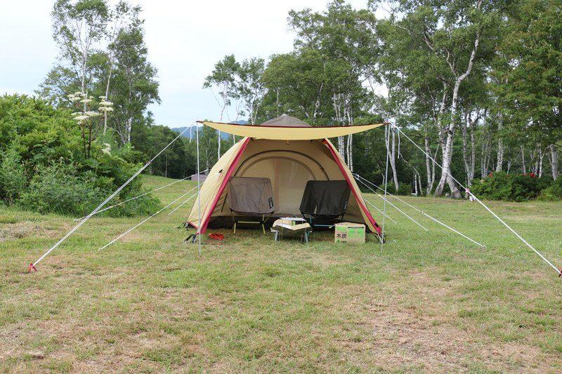 武尊牧場キャンプ場テント設営